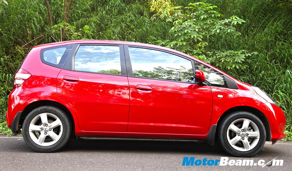Honda Jazz Facelift Review Performance Specifications Price | 2017 ...