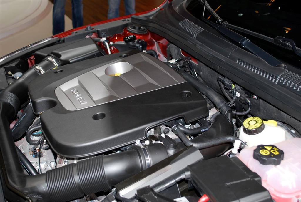 chevrolet-cruze-engine.jpg