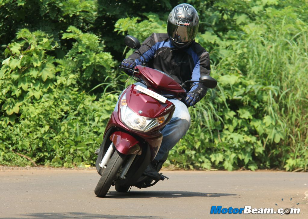 2012 Yamaha Ray Road Test