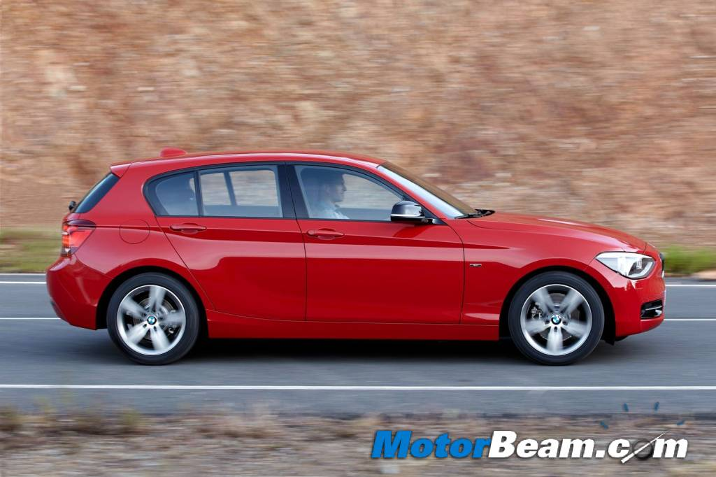 2012_BMW_1-Series_Side