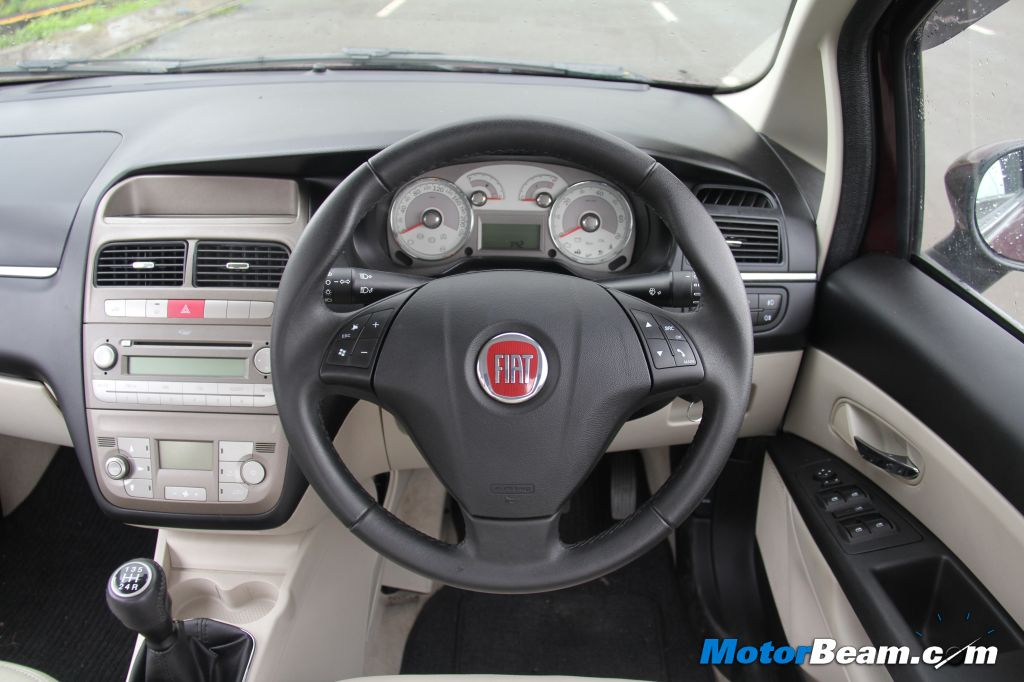 2013-Fiat-Linea-T-Jet-Review