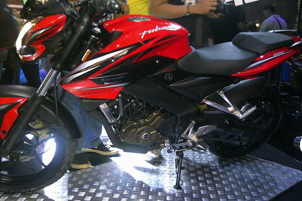 2013-Pulsar-200NS-Indonesia