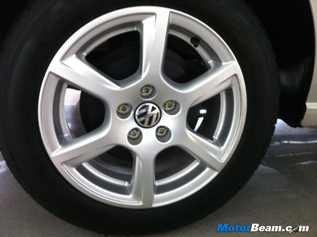 2013 Volkswagen Vento Alloy Wheels