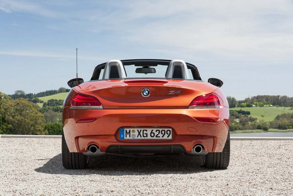 2014 BMW Z4 Roadster rear