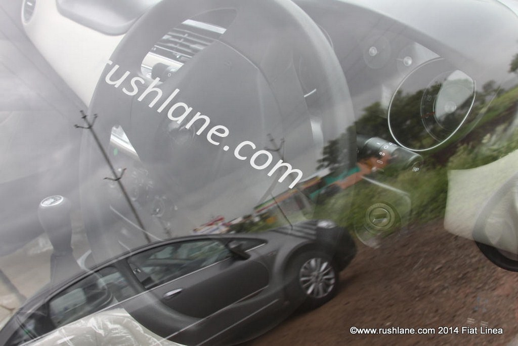 2014 Fiat Linea Facelift Spied Interiors Snapped Motorbeam
