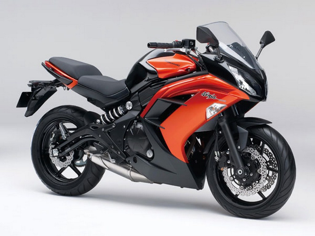 Bikes 2014 India Kawasaki Ninja Red