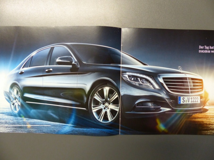 2014 Mercedes-Benz S-Class Brochure Front Overlook