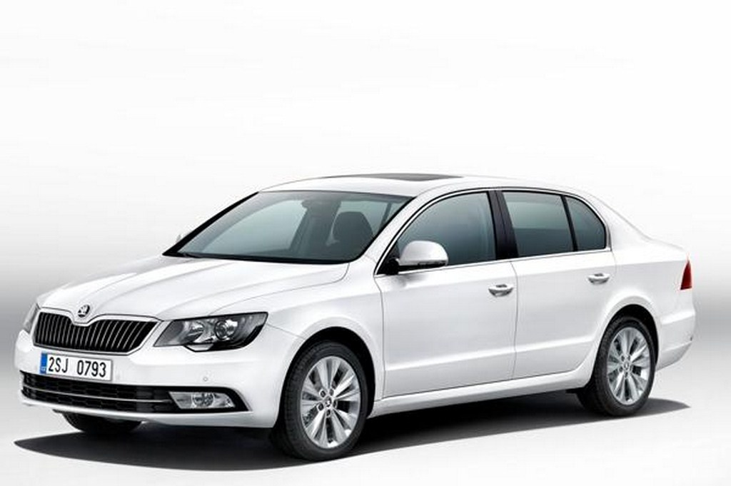 2014 Skoda Superb Facelift Front