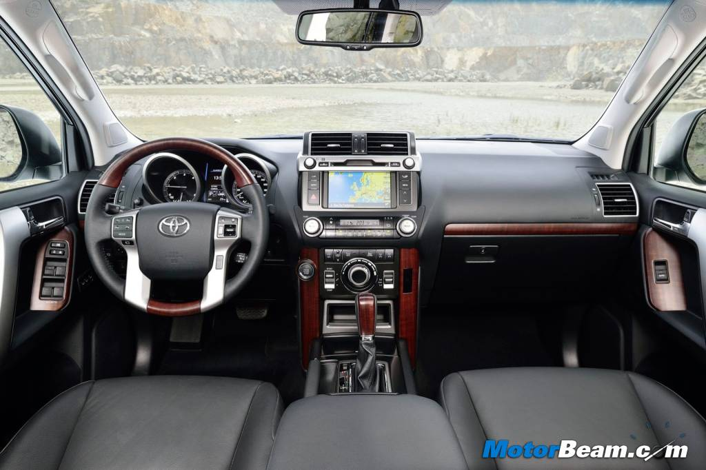 2014 Toyota Land Cruiser Prado Interiors