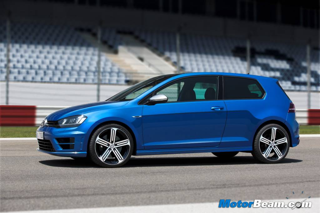 2014 Volkswagen Golf R Road Test