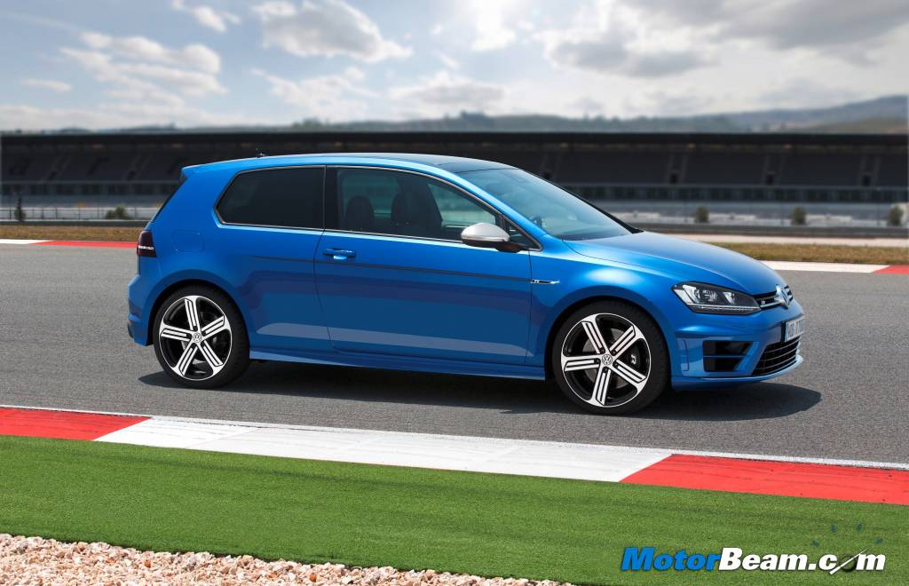 2014 Volkswagen Golf R Test Drive