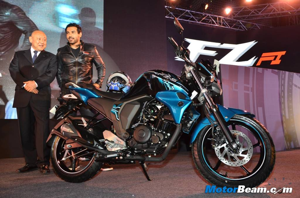 Yamaha Launches Attractively Priced 2015 FZ Version 2.0 | MotorBeam