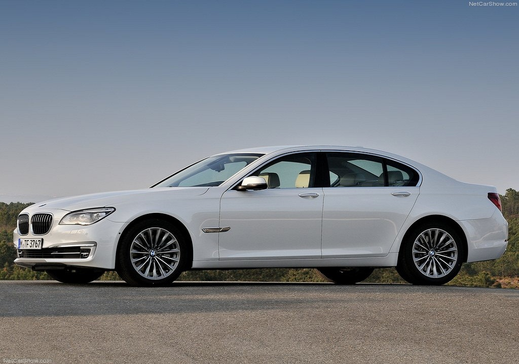 2012 BMW 7-Series Facelift