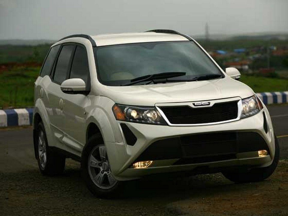 Mahindra's XUV500 Gets DC Lounge Kit