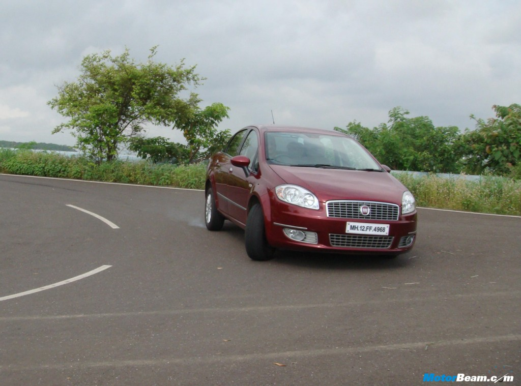 Car tested: 2009 Fiat Linea 1.4 FIRE Petrol Emotion Pack. Price OTR Mumbai:
