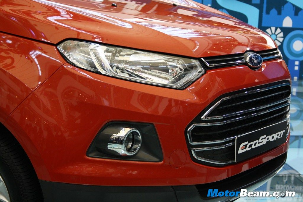 Ford EcoSport Head Light