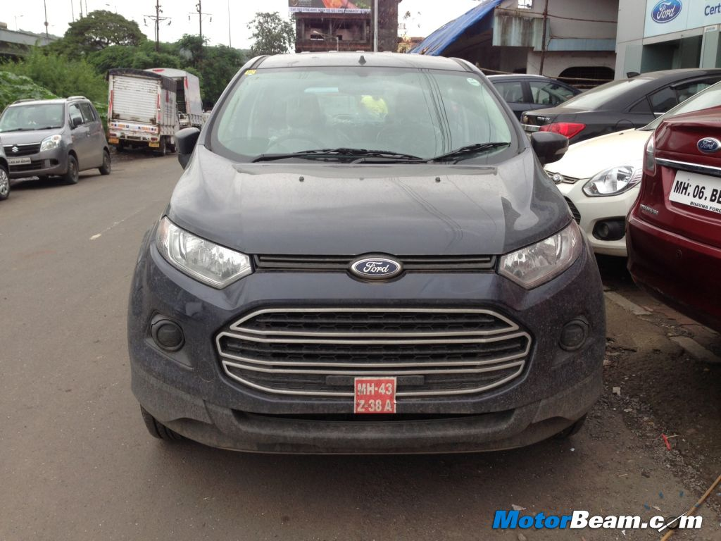 Ford EcoSport Petrol Trend Review