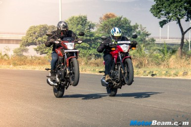 Honda CB Hornet 160R vs Suzuki Gixxer - Comparison Video