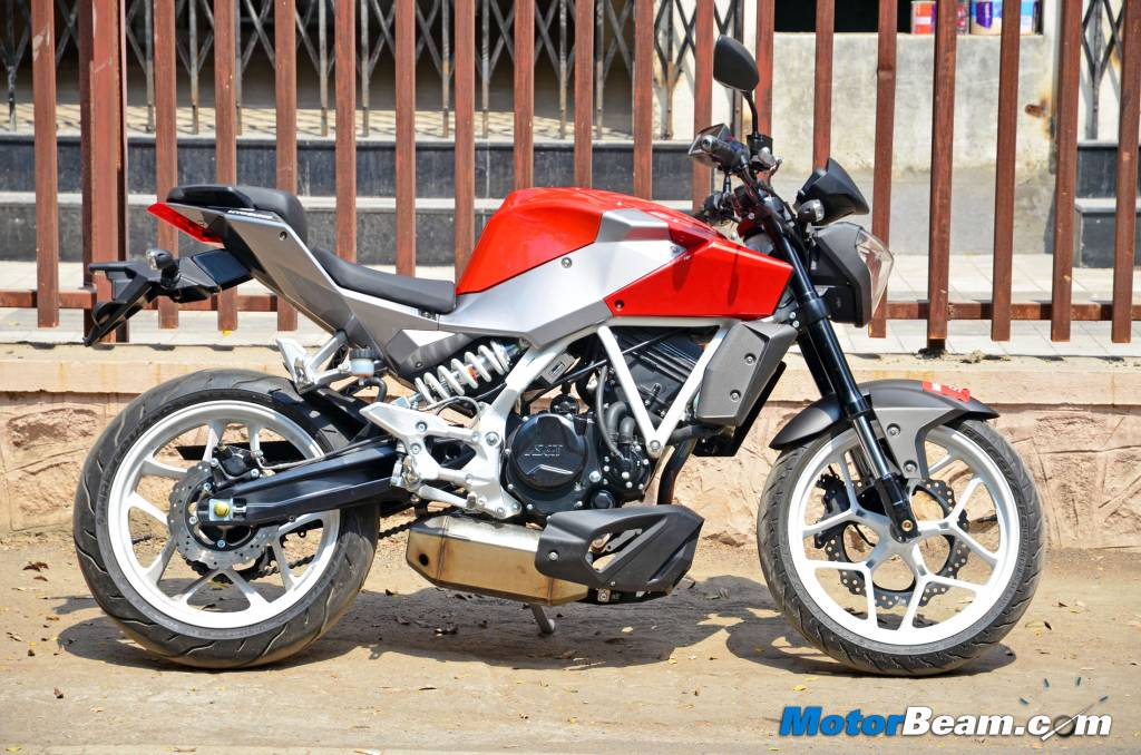 Hyosung GD250N Road Test