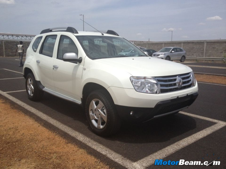 renault duster in india renault duster diesel reviews price autos weblog. Black Bedroom Furniture Sets. Home Design Ideas