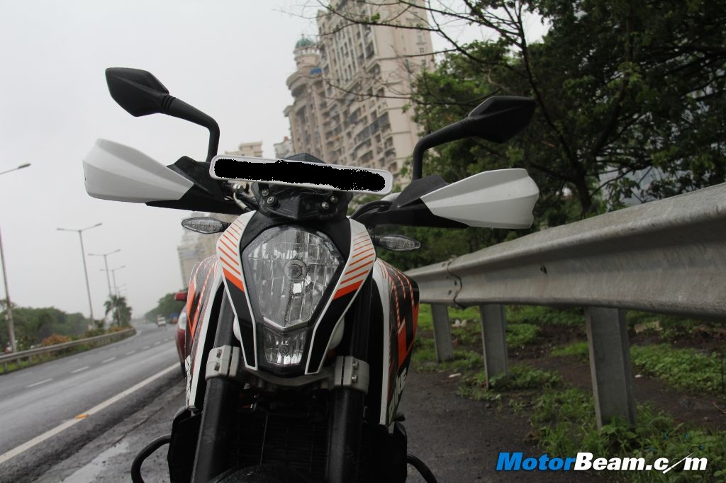 KTM Duke 390 Performance Review
