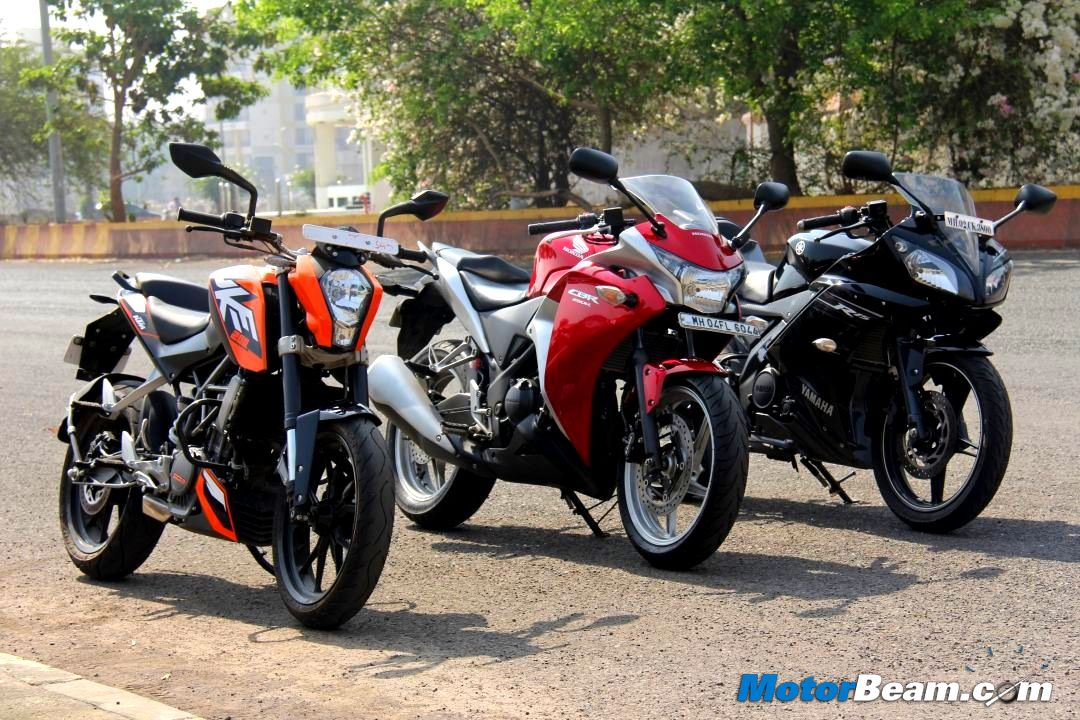 KTM Duke vs Honda CBR250R vs Yamaha R15 photo