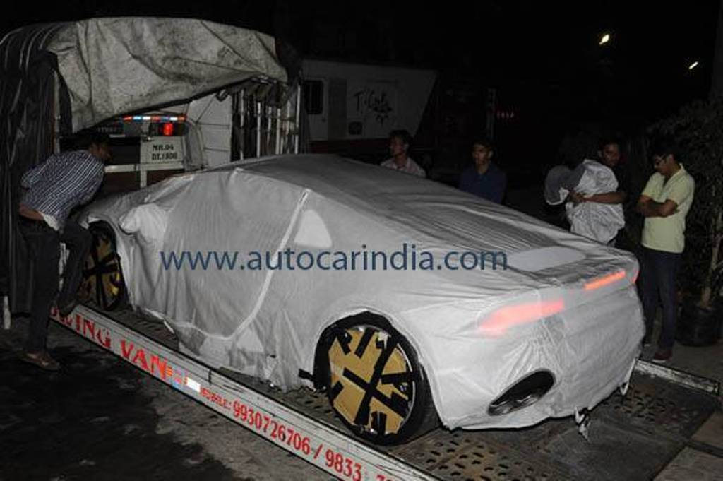 lamborghini huracan on road price in mumbai lamborghini huracan price in mumbai get on road. Black Bedroom Furniture Sets. Home Design Ideas