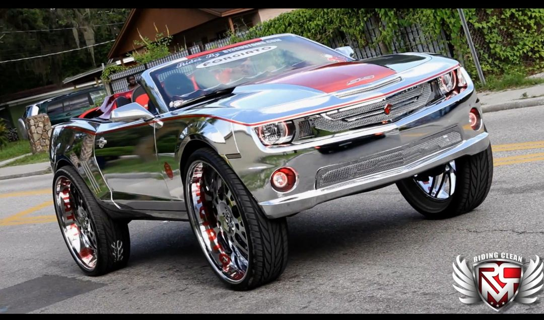 Chevrolet Camaro Gets Insane Modifications
