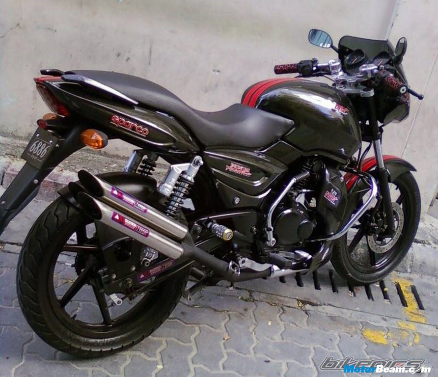 Modified_Bajaj_Pulsar_150