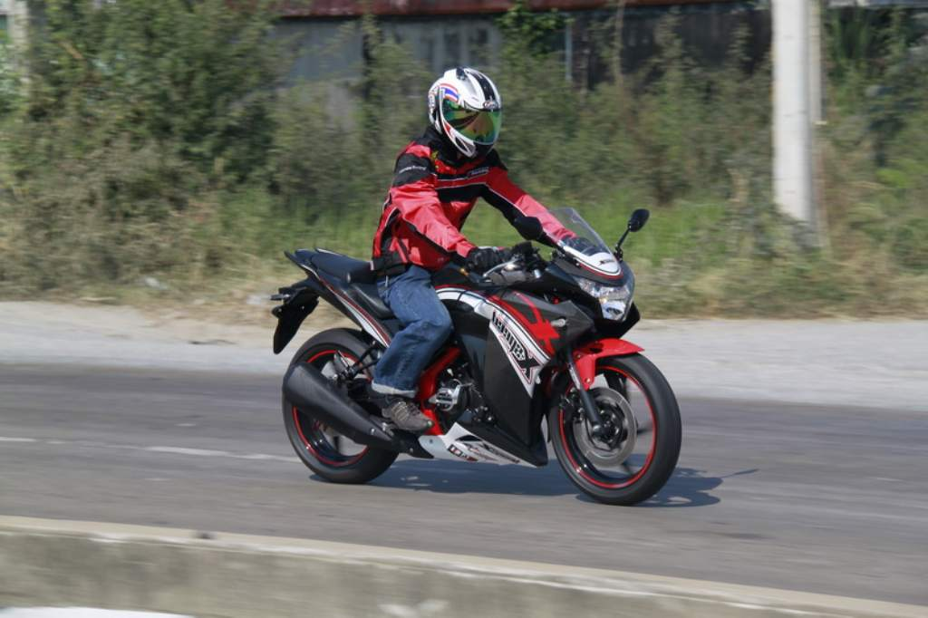 Modified Honda CBR250Rs In Thailand