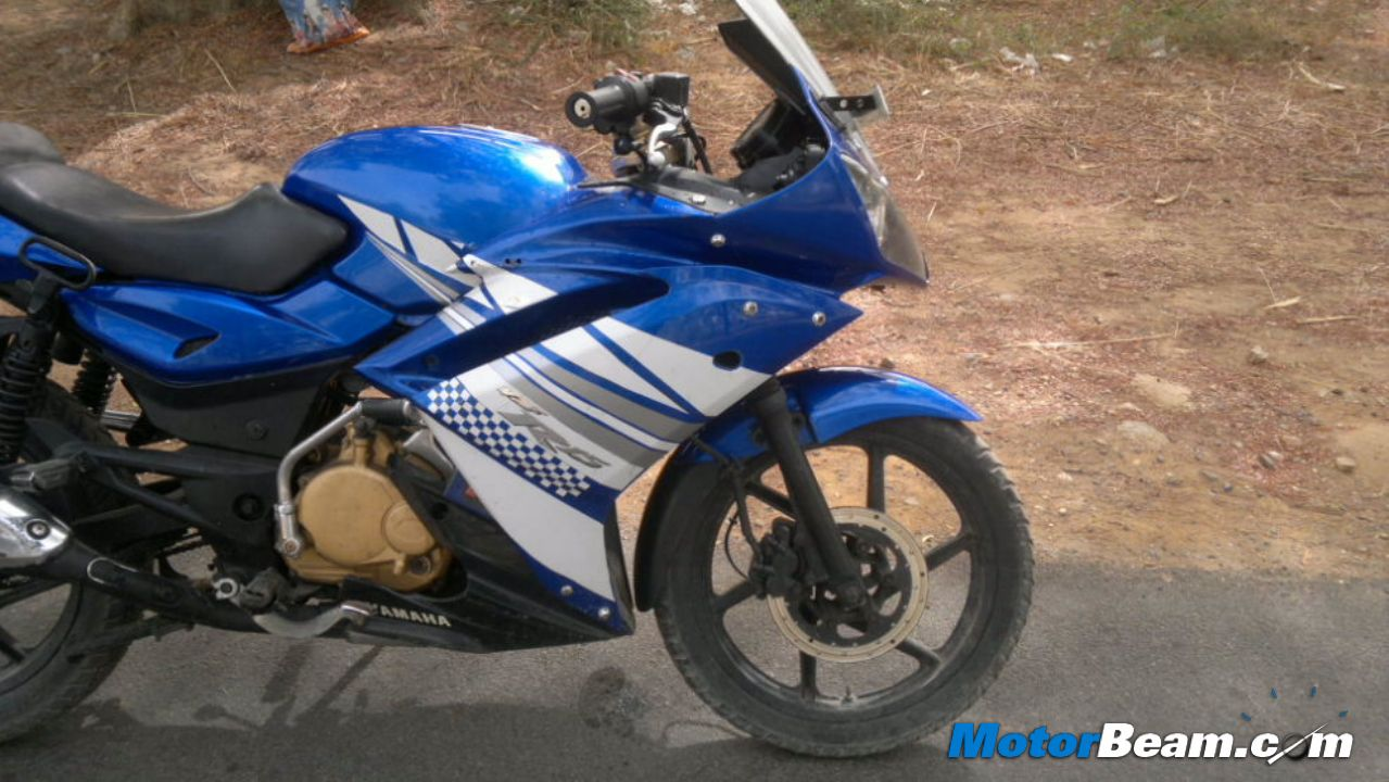 Pulsar To R15 Modification