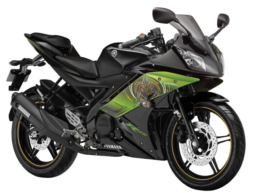 R15 version 2.0-Thundering Green (Special edition)