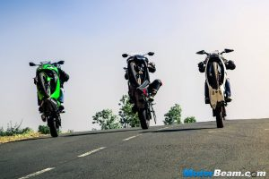 Kawasaki Ninja 300 vs Yamaha R3 vs KTM RC 390 – Shootout