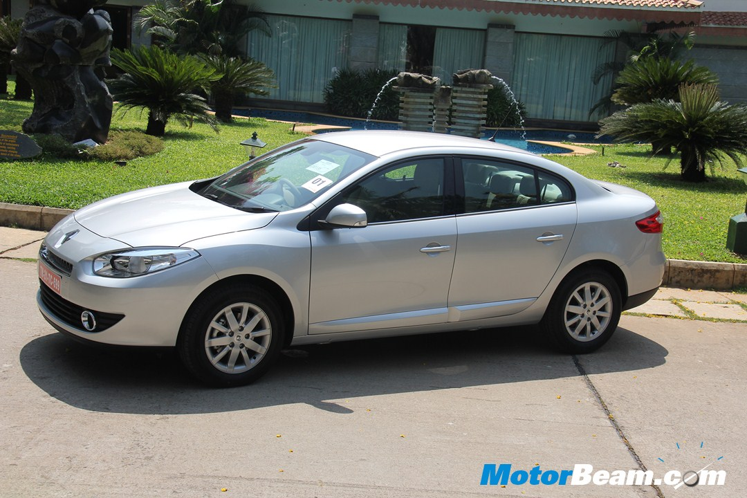 2012 Renault Fluence E4D Test Drive Review | MotorBeam - Indian ...