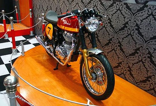Royal-Enfield-Cafe-Racer-Concept-1