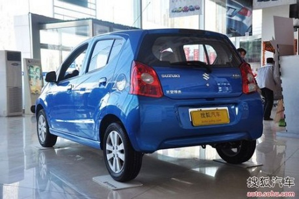 Suzuki Alto China rear