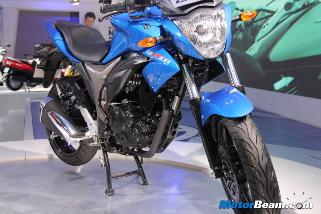 seriously blog: Suzuki Storms Auto Expo With Multiple Bikes
