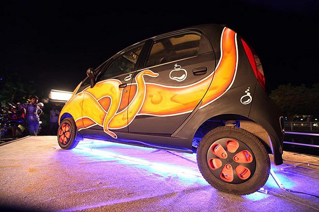Tata Nano Art Side