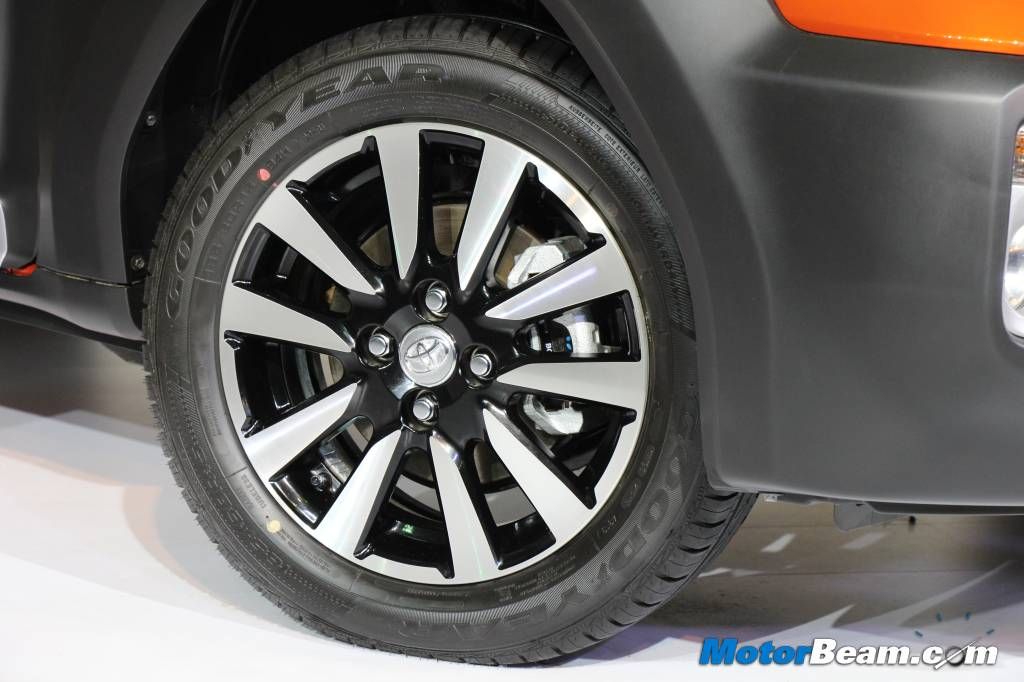 Toyota Etios Cross Diamond Alloy