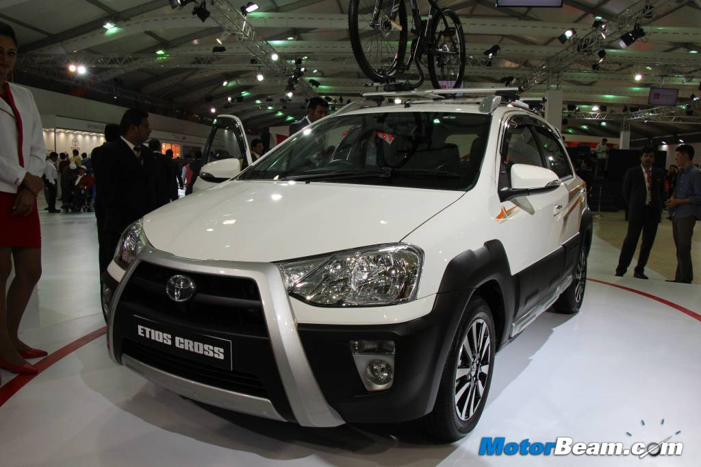 Toyota Etios Cross Specifications