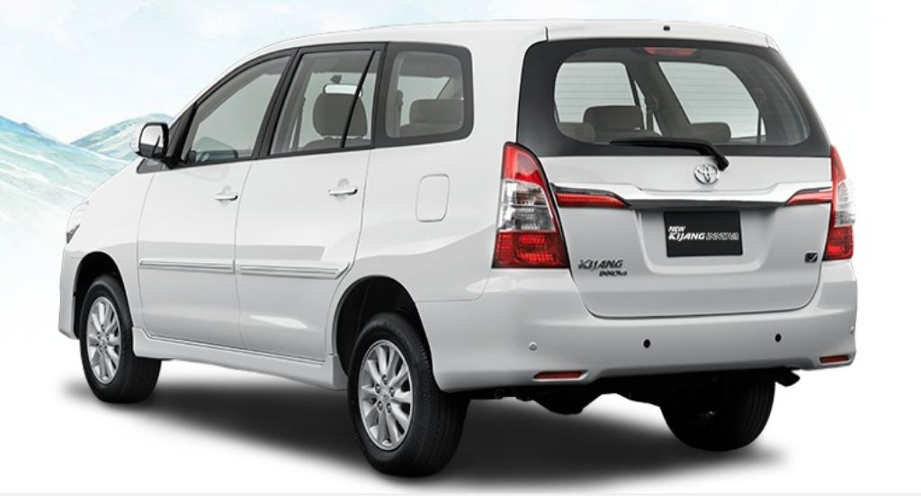 Toyota Innova Facelift Rear