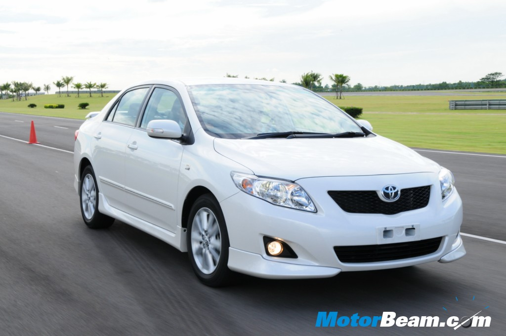 Toyota Corolla Altis Diesel Launched Today | MotorBeam - Indian Car ...