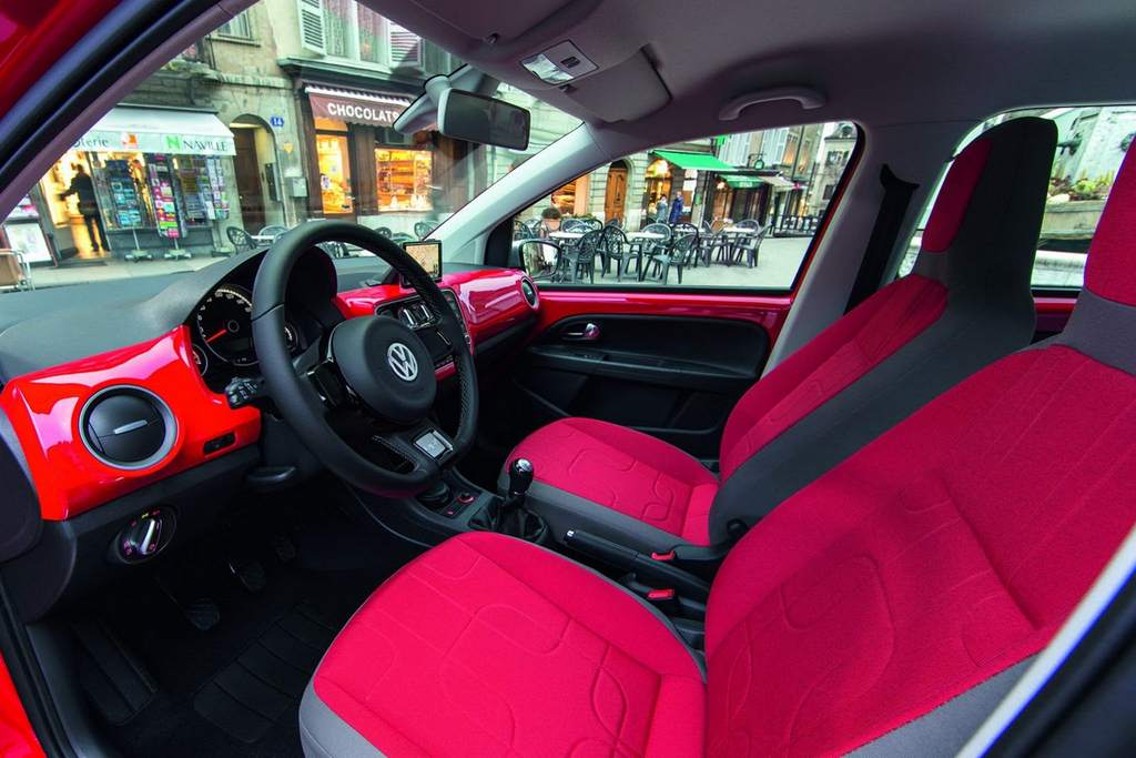 VW Cross Up! interior