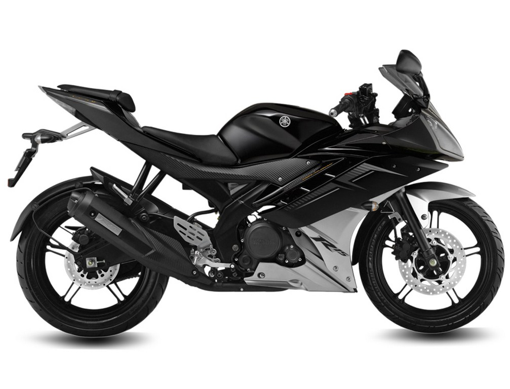 Yamaha R15 Invincible Black
