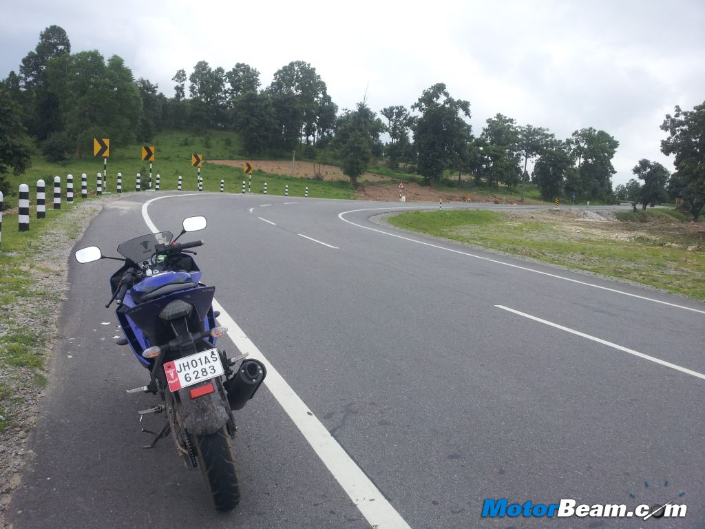 Yamaha R15 V2 Exhaustive Review