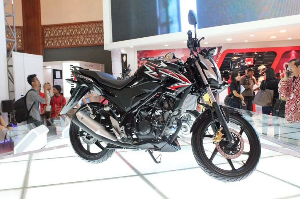 Honda CB150R Streetfire – Details and Pictures | MotorBeam